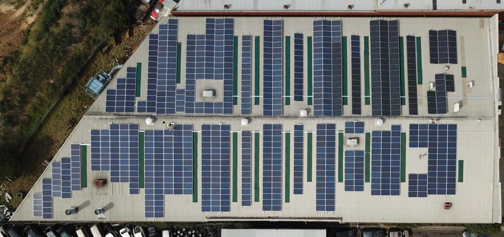 200kW solar PV on factory in Melbourne by Sun Lizard